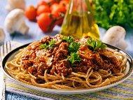 Спагети Болонезе с мариновани гъби от буркан